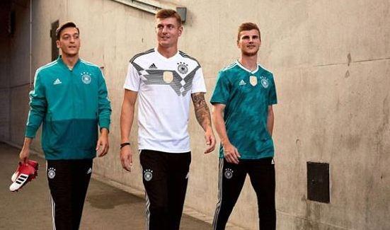 قمصان منتخب المانيا