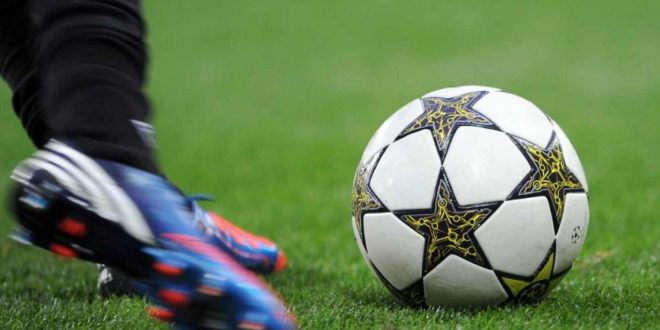 أجمل مواقف الروح الرياضية في ملاعب كرة القدم
